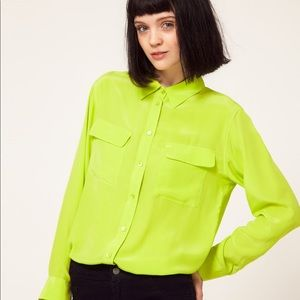 Equipment signature button down shirt lime punch